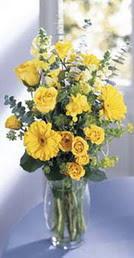 Erzurum online çiçekçi , çiçek siparişi  sari güller ve gerbera cam yada mika vazo
