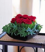 Erzurum çiçek servisi , çiçekçi adresleri  10 adet kare mika yada cam vazoda gül tanzim
