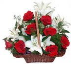 sepette gül ve kazablankalar   Erzurum çiçek online çiçek siparişi