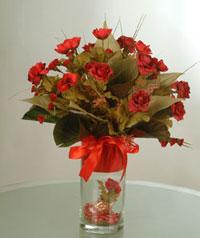 yapay güllerden vazo  9 gül  Erzurum çiçek gönderme sitemiz güvenlidir