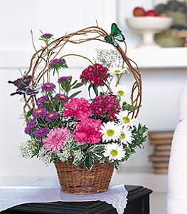 Erzurum İnternetten çiçek siparişi  sepet içerisinde karanfil gerbera ve kir çiçekleri