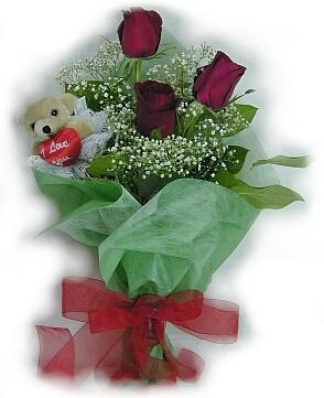 3 adet gül ve küçük ayicik buketi  Erzurum çiçek yolla , çiçek gönder , çiçekçi