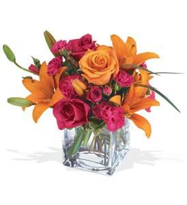 Erzurum ucuz çiçek gönder  cam içerisinde kir çiçekleri demeti