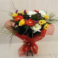 Erzurum hediye sevgilime hediye çiçek  Karisik mevsim demeti