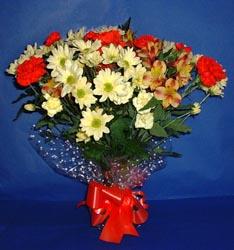 Erzurum hediye sevgilime hediye çiçek  kir çiçekleri buketi mevsim demeti halinde