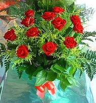 12 adet gül buketi  Erzurum çiçek gönderme