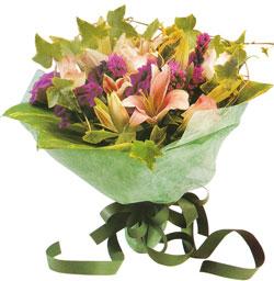 karisik mevsim buketi anneler günü ve sevilenlere  Erzurum çiçek online çiçek siparişi