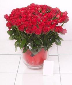 Erzurum çiçek yolla , çiçek gönder , çiçekçi   101 adet kirmizi gül