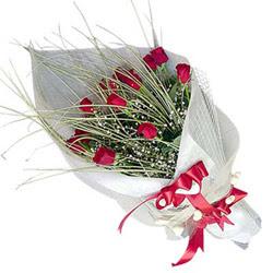 Erzurum çiçek siparişi sitesi  11 adet kirmizi gül buket- Her gönderim için ideal