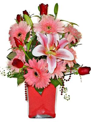Erzurum çiçek yolla , çiçek gönder , çiçekçi   karisik cam yada mika vazoda mevsim çiçekleri mevsim demeti