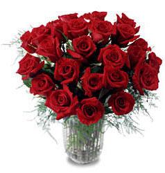 Erzurum çiçek siparişi vermek  11 adet kirmizi gül cam yada mika vazo içerisinde