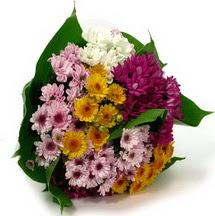 Erzurum cicekciler , cicek siparisi  Karisik kir çiçekleri demeti herkeze