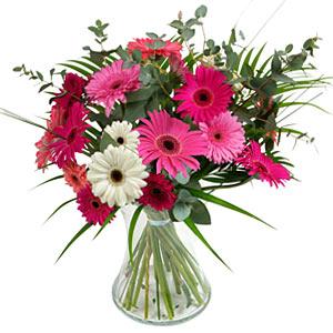 15 adet gerbera ve vazo çiçek tanzimi  Erzurum online çiçekçi , çiçek siparişi