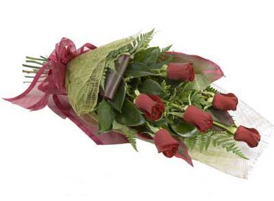 ucuz çiçek siparisi 6 adet kirmizi gül buket  Erzurum çiçek servisi , çiçekçi adresleri