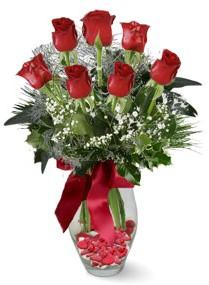 7 adet vazoda gül  Erzurum çiçek mağazası , çiçekçi adresleri  kirmizi gül
