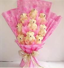 9 adet pelus ayicik buketi  Erzurum çiçek gönderme