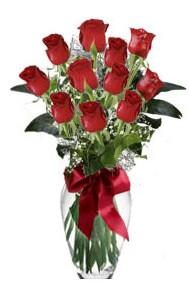 11 adet kirmizi gül vazo mika vazo içinde  Erzurum çiçek yolla