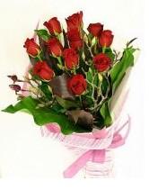 11 adet essiz kalitede kirmizi gül  Erzurum çiçek gönderme