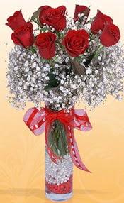 9 adet kirmizi gül cam yada mika vazoda  Erzurum ucuz çiçek gönder
