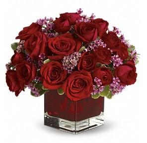 11 adet kırmızı gül vazosu  Erzurum kaliteli taze ve ucuz çiçekler