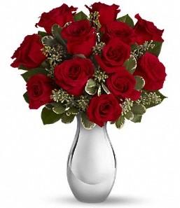 Erzurum yurtiçi ve yurtdışı çiçek siparişi   vazo içerisinde 11 adet kırmızı gül tanzimi