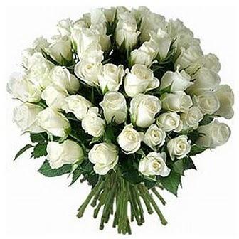 Erzurum çiçek , çiçekçi , çiçekçilik  33 adet beyaz gül buketi
