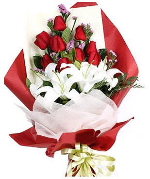 Erzurum kaliteli taze ve ucuz çiçekler  1 dal kazablankaa 9 adet kırmızı gül buketi