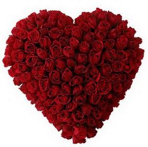 Erzurum çiçek online çiçek siparişi  muhteşem kırmızı güllerden kalp çiçeği