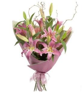 Erzurum internetten çiçek siparişi  3 dal cazablanca buket çiçeği