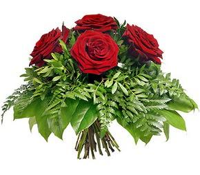 Erzurum ucuz çiçek gönder  5 adet kırmızı gülden buket