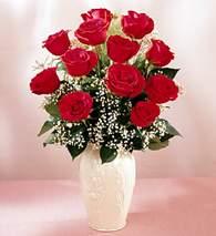 Erzurum çiçek online çiçek siparişi  9 adet vazoda özel tanzim kirmizi gül