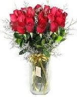 27 adet vazo içerisinde kırmızı gül  Erzurum internetten çiçek siparişi