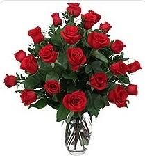 Erzurum çiçek servisi , çiçekçi adresleri  24 adet kırmızı gülden vazo tanzimi