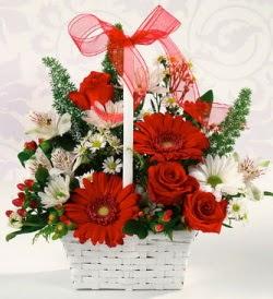 Karışık rengarenk mevsim çiçek sepeti  Erzurum güvenli kaliteli hızlı çiçek