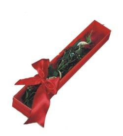 Erzurum çiçek satışı  tek kutu gül sade ve sik