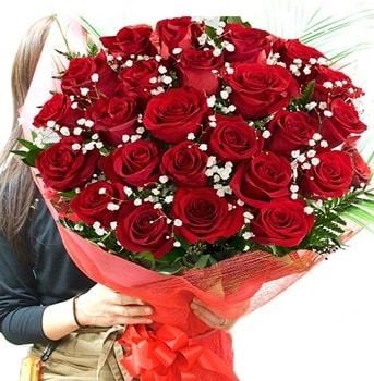Kız isteme çiçeği buketi 33 adet kırmızı gül  Erzurum çiçek siparişi vermek