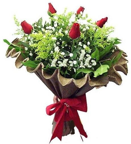 5 adet gülden buket  Erzurum çiçek siparişi vermek
