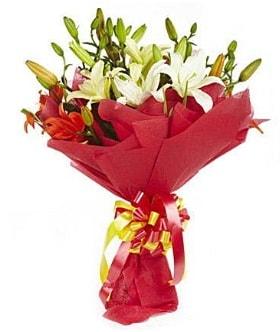 5 dal kazanlanka lilyum buketi  Erzurum çiçek siparişi vermek